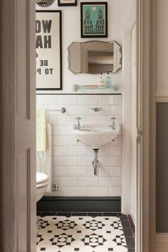 lavabo retro de couleur blanc, peinture murale, décoraion murale