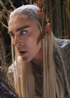 The Hobbit : the Desolation of Smaug - Thranduil ( aka Lee Pace ) Lee Pace Thranduil, Legolas And Thranduil, Aragorn, Tauriel, The Hobbit Movies, O Hobbit, Lotr, Elf King, King Of My Heart