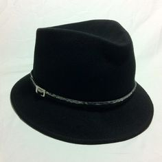 NORDSTROMS Black Wool Buckle Hat 100% wool hat. Black with belt detail, silver buckle and snake skin pattern thin strap. Nordstroms. Retails $35. Very good condition, no noticeable flaws. Perfect accessory for any outfit, especially stylish in fall/winter, goes great with sweaters and leggings! FREE SURPRISE GIFT WITH EVERY ORDER SAME/NEXT DAY SHIP prices negotiable :) Nordstrom Accessories Hats
