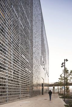 Marseilles Docks, Marsiglia, 2015 - 5+1AA Alfonso Femia Gianluca Peluffo