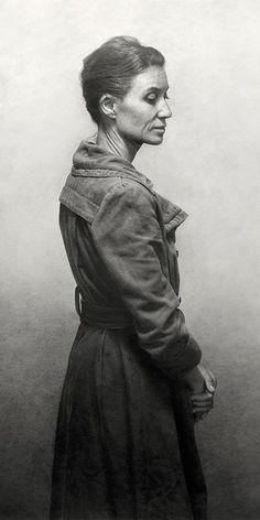 """Mujer con Abrigo"" by Marcos Rey, standing mature woman profile, pencil on paper drawing. marcosrey.es"