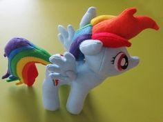 YAAAAASSSSS!!!!  BRONIES UNITE: DIY Rainbow Dash Plush with Goggles- amazing craftsmanship by the sewist!