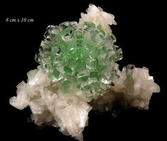 "Apophyllite verte ""Well Pocket"" d'Inde (pièce de Gargoti Mineral India)"