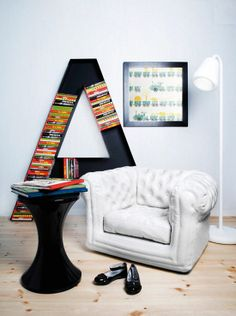 Cute Reading Nook For Kids... Love The Bookcase!