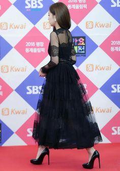 Myanmar Traditional Dress, Traditional Dresses, Blackpink Jennie, South Korean Girls, Korean Girl Groups, Blackpink Fashion, Korean Celebrities, Yg Entertainment, Our Girl