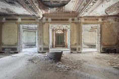 Gallery of Photographer Mirna Pavlovic Captures the Decaying Interiors of Grand European Villas - 5