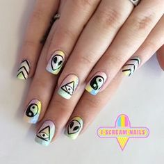 These nails, featuring the alien emoji! Cute Nails, Pretty Nails, Hippie Nails, Hippie Nail Art, Goth Nail Art, Alien Nails, Emoji Nails, Hair And Nails, My Nails