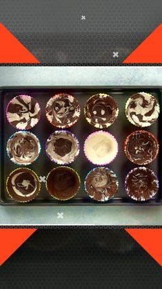 Making chocolate cups is so easy that even a toddler can do it! Learn how to make these pretty treat cups with your favorite chocolate. The post How to Make a Chocolate Cup appeared first on Tech Clup. Easy Cake Recipes, Candy Recipes, Easy Desserts, Cookie Recipes, Dessert Recipes, French Desserts, Holiday Recipes, Healthy Recipes, Chocolate Cup Desserts