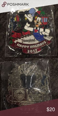 Official Disneyland collectors pin Brand new and still in package. Collectors pin from 2017 Disney holiday collection. Disney Accessories