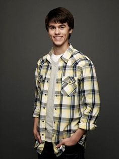 John Luke Robertson is Willie Robertson's oldest son. Both are stars on the hit reality tv series called Duck Dynasty. Continue reading below where I attempt to help you learn more aboutJohn Luke Robertson.  John Luke was introduced in the very f