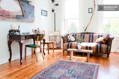 Eclectic West Town Vintage Apt  in Chicago