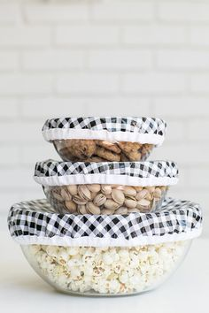 We're going old school with these DIY reusable oilcloth bowl covers! They're actually so useful and a DIY that I use often! I have thishandy10-piece glass bowl set that I use for mixing, storing, etc. Instead of using saran wrap to cover and store food and ingredients, we made bowl covers using waterproof fabric to...readmore