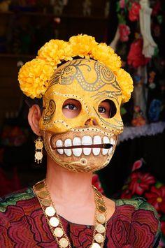 nomegrites: Maniquí en Día de Muertos.