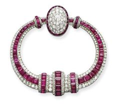 AN ART DECO RUBY AND DIAMOND 'FIBULE' BROOCH, BY GEORGES FOUQUET - Christie's