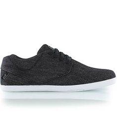 buy online e61a0 3fda7 Die 10 besten Bilder von Schuhe   Sandals, Athletic Shoes und Nike shoes