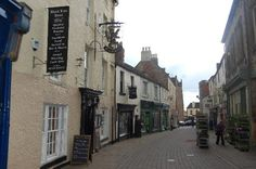 The Black Lion, Finkle Street, Richmond Yorskshire Richmond Yorkshire, North Yorkshire, Black Lion, Street View, Places, Restaurants, Hotels, Bucket, Beer