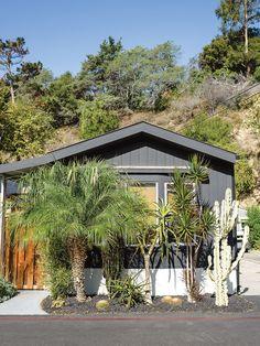Americas Most Glamorous Trailer Park Paradise Cove In Malibu Has Million Dollar Views