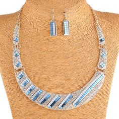 Elegant Alloy and Crystal Women Simple Choker Necklace and Hook Earrings Jewelry Sets