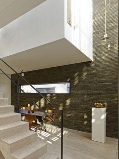 Galeria de Caixa Preta / Form_art Architects - 7