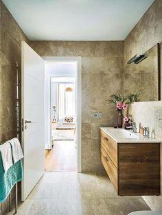 Cuarto de baño con mármol