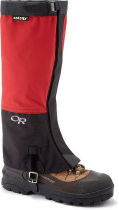 The Outdoor Research Crocodile® gaiters keep snow out of your boots while snowshoeing, cross-country skiing or climbing glaciated mountains. #REIGifts
