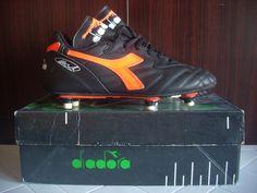 Deadstock diadora football boots van basten milan holland italy 90 41  orange vtg 63e5d458d78ab