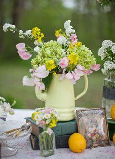 How to Make a Flower Arrangement | StyleCaster