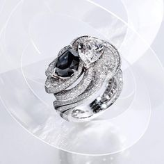When a black and white diamonds meet in a whirl ring definitely head turner by @cartier . #purplebyanki #luxury #loveit #jewelry #jewelrydesign #jewelrydesigner #gold #jewelrydesign #finejewelry #luxurylifestyle #instagood #follow #instadaily #lovely #beautiful #dubaifashion #dubailife #mydubai #beautiful #love #jewelgoals #fashion