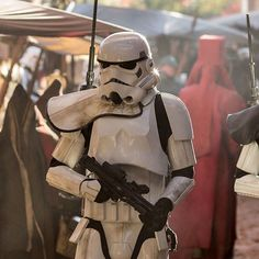 The Holy City of Jedha Star Wars Rpg, Star Wars Clone Wars, Film Science Fiction, Imperial Stormtrooper, Star Wars Personajes, One Punch, Stargate, Star Wars Costumes, Star Wars Images