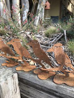Beautiful Gardens, Firewood, Texture, Artist, Crafts, Surface Finish, Woodburning, Manualidades, Handmade Crafts