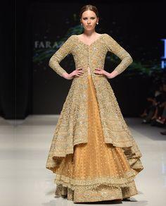 Faraz Manan Pakistani Fashion Party Wear, Pakistani Couture, Pakistani Bridal Dresses, Indian Couture, Indian Dresses, Indian Fashion, Bollywood Fashion, Bridal Gowns, Indian Wedding Outfits