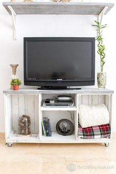 This is how I put together a rustic tv console in just 1 hour - It was so easy to do! This Rustic TV Console Table is one of those cases that I wanted to make for so long and always something got in the way. It's my very first furniture piece ever. Pallet Furniture Tv Stand, Pallet Tv Stands, Tv Furniture, Repurposed Furniture, Furniture Dolly, Rustic Tv Stands, Wooden Crate Furniture, Crate Tv Stand, Diy Tv Stand