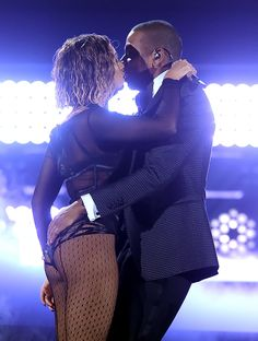 Beyoncé gets drunk in love and more sexy highlights of award season (so far).