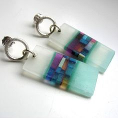 Dorota Kos jewelry+. A Polish artist who uses recycled materials to make lovely jewelry.