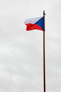 Bandera de la Republica Checa ( Czech Republic / Czechoslovakia ) #banderas #flags