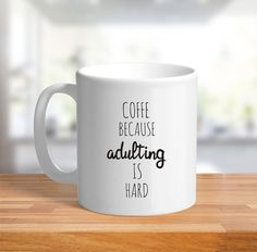 Caneca Adulting is Hard.