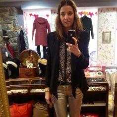 Look du jour bonjour!!  Veste noire Eleven Paris, chemise en soie léopard Virginie Castaway, slim doré Cimarron, ceinture noir étoile dorée Des Petits Hauts,boots motardes noires (old) - @aupigeonnier- #webstagram