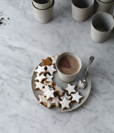 simple lovely stoneware + porcelain cup