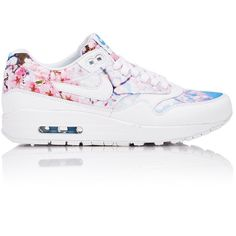 Nike Women's Air Max 1 Print Sneakers (€99) ❤ liked on Polyvore featuring shoes, sneakers, zapatos, white, white flat shoes, nike, nike shoes, multi colored sneakers and flat sneakers
