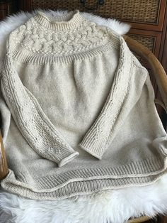 Ravelry: Project Gallery for Bright Sweater pattern by Junko Okamoto