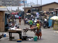 Vast numbers of people who migrate in search of a better life end up living in marginal conditions that put their health at risk. But individual lifestyle is also an important factor. Capital Of Ghana, Accra, End Of Life, West Africa, Better Life, Wellness, Street, Health, Numbers