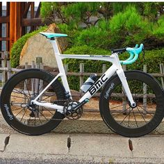 """Ridelightweight , is now starting on a new Thing """"bike of the week"""" send in pictures until next friday using the program direct Here on Instagram ! Here is the first bike."""