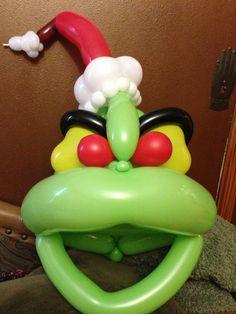 Mascara de Grinch hecha con globos - A Grinch animal balloon mask made by Denver balloon twister, Savannah the Balloon Twister! Balloon Hat, Balloon Shapes, Balloon Columns, Balloon Animals, The Balloon, Grinch Christmas Party, Christmas Balloons, Grinch Party, Kids Christmas