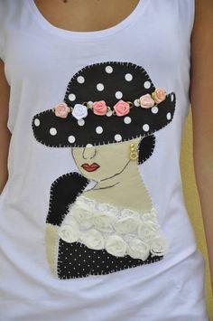 **** Camiseta na cor branca ,  tamanho G, modelo regata,  com aplique de uma dama antiga , em tecido 100% algodão.  ******* Produto  PRONTA ENTREGA*******  **** Consultar valor do frete! **** Aceito encomendas em outros tamanhos, cores e modelos. Medidas:44cm de busto e 67cm de comprimento  Modelo:Bárbara Bet Kohls R$ 65,00