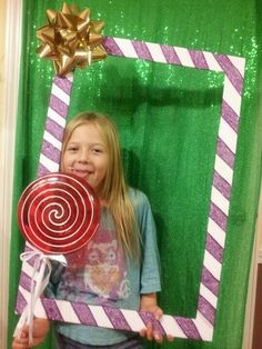 Ideas For Holiday Party Photo Booth Wrapping Papers Candy Land Christmas, Christmas Birthday Party, Candy Christmas Decorations, Birthday Parties, Candy Land Birthday Party Ideas, Office Christmas, Christmas Holidays, Christmas Crafts, Party Fiesta