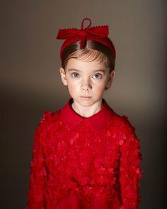 Christmas Colors, Crown, Casual, Fashion, Elegant, Moda, Corona, Fashion Styles, Fashion Illustrations