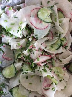 Rettichsalat aus Österreich Radish salad from Austria, a great recipe from the category vegetables. Chef Salad Recipes, Radish Recipes, Salad Dressing Recipes, Healthy Salad Recipes, Fruit Recipes, Potato Recipes, Easter Recipes, Vegetarian Recipes, Avocado Dessert