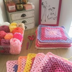 This weekends WIP of choice #TGIF. Whats on your hook? #HGDesignsCrochet #HGDC #Crochet #Maker #Creator #MasterYourCraft #HGDCJustBecause #GrannySquares #GrannySquaresRock #BetOnYourself #GirlBoss #Motivation #Inspiration