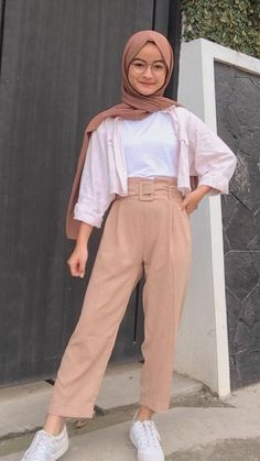 Modern Hijab Fashion, Modesty Fashion, Hijab Fashion Inspiration, Muslim Fashion, Fashion Outfits, Casual Hijab Outfit, Ootd Hijab, Hijab Trends, Hijab Style