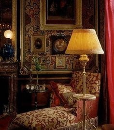 decordesignreview:  chaise longue in French chateau ~ Jacques Garcia